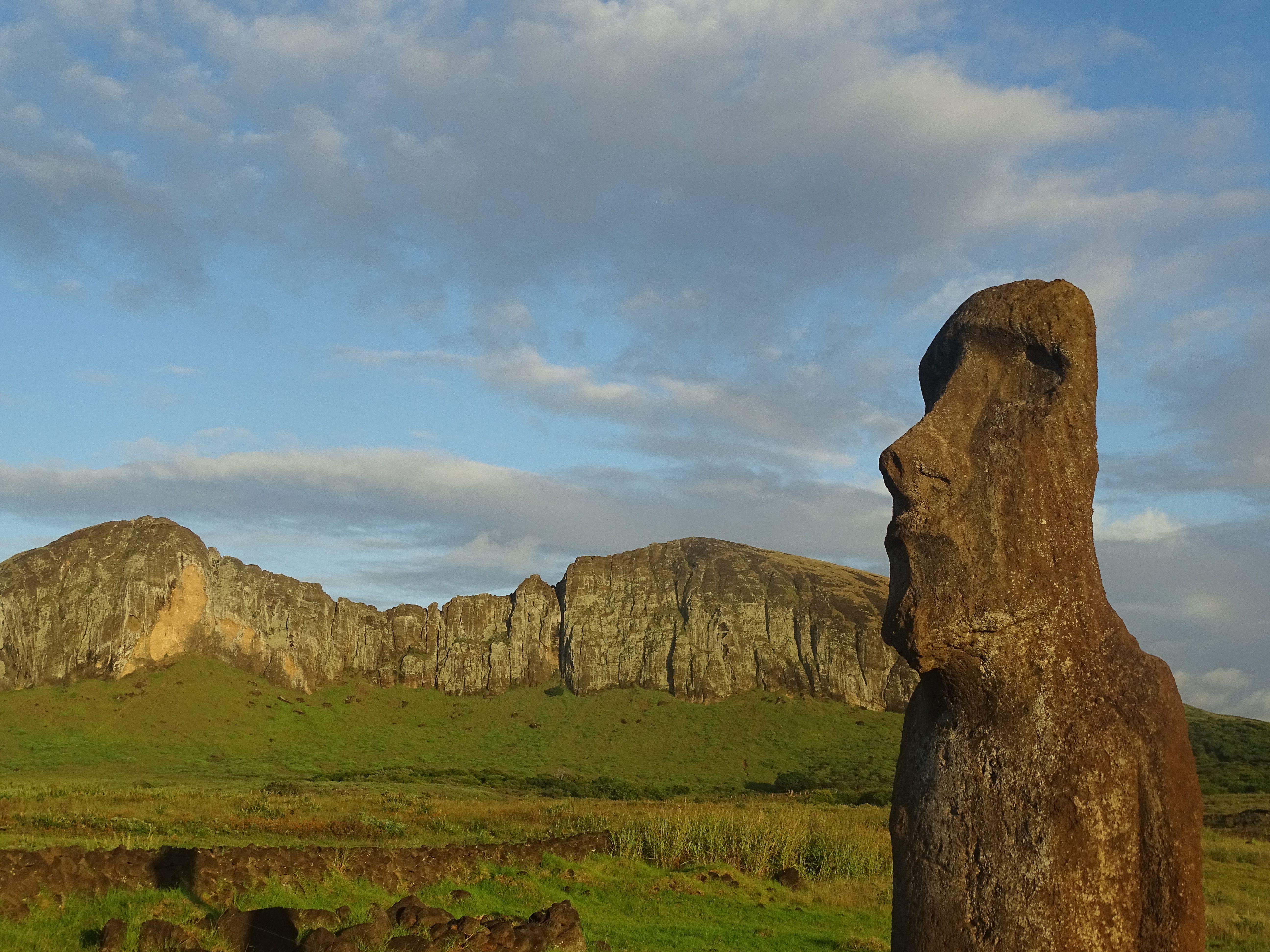 Le sud et l'est de Rapa Nui : d'Akahanga à Ovahe